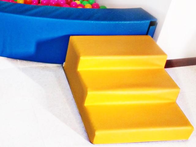 Small 3 step stair - 65 x 60 x 30 cm stair