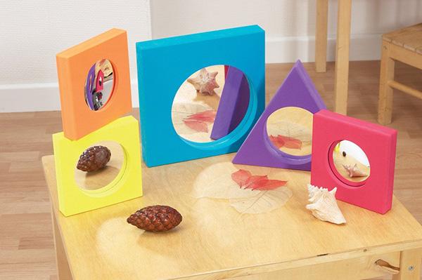 Espejos blanditos con formas eneso tecnolog a para for Espejo y barra montessori