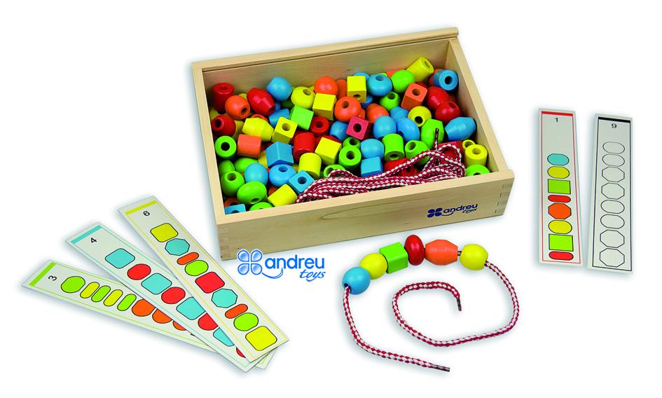 Juego de seriación con cordón - Con 130 piezas, 10 cordones y 10 plantillas