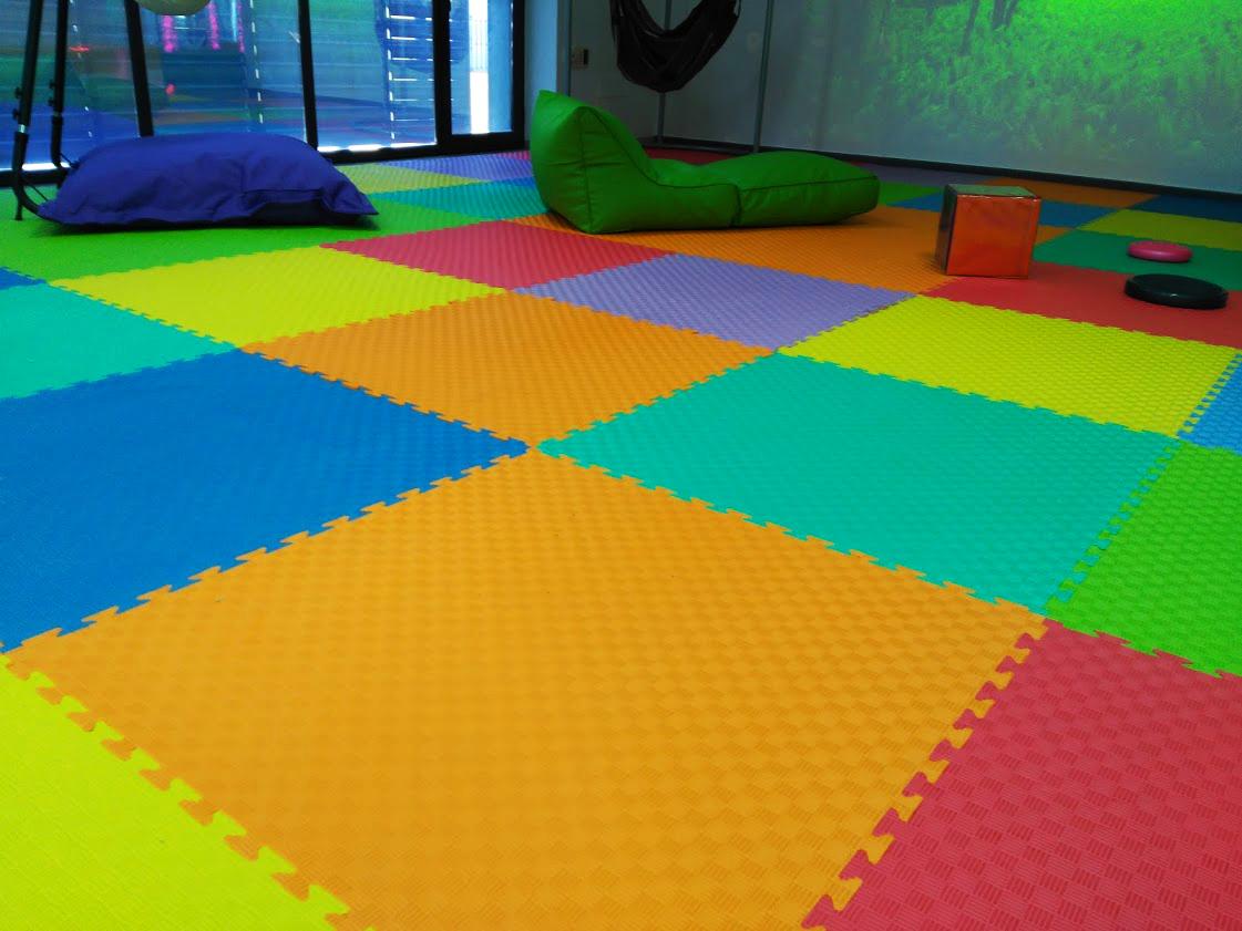 Protecciones de suelo colores 100x100x1 cm eneso - Suelos faciles de poner ...