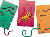 Sewing clothes - 10 cards of clothes and 10 cords